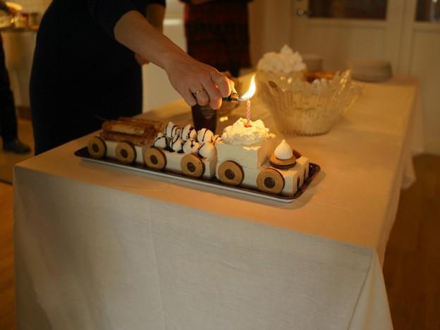 födelsedagståg tända ljus